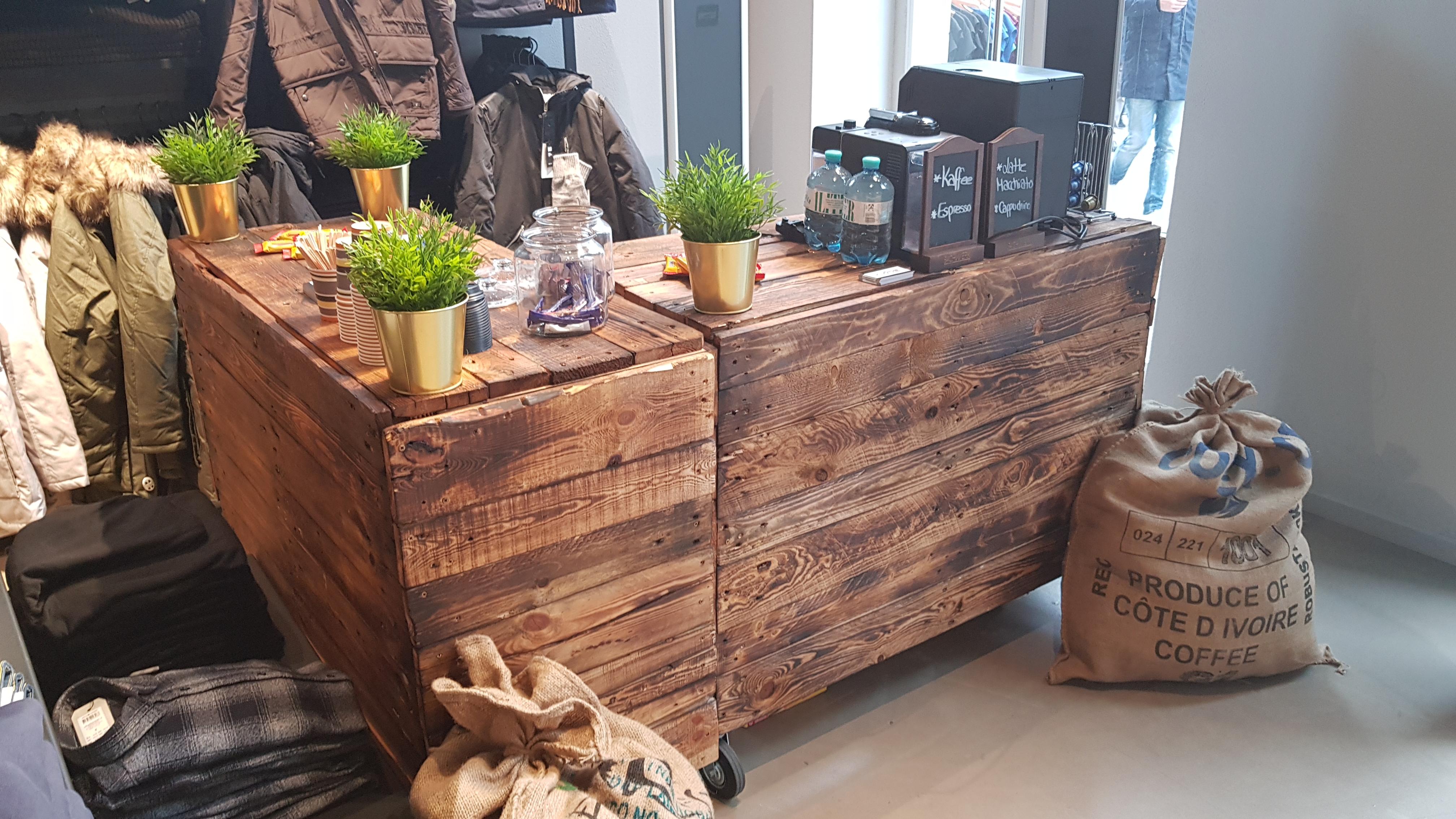 Kaffeebar (Rückbuffet separat erhältlich)